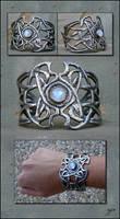 Zaphiria - Bracelet by Ellygator