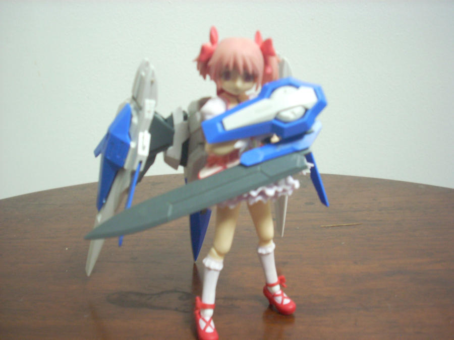 Madoka 00 Raiser W Gn Sword Iii By Cobraygordon On Deviantart