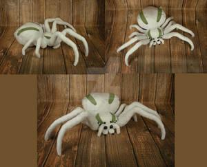 Crab Spider Plushie