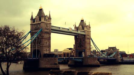 Tower Bridge by W00den-Sp00n