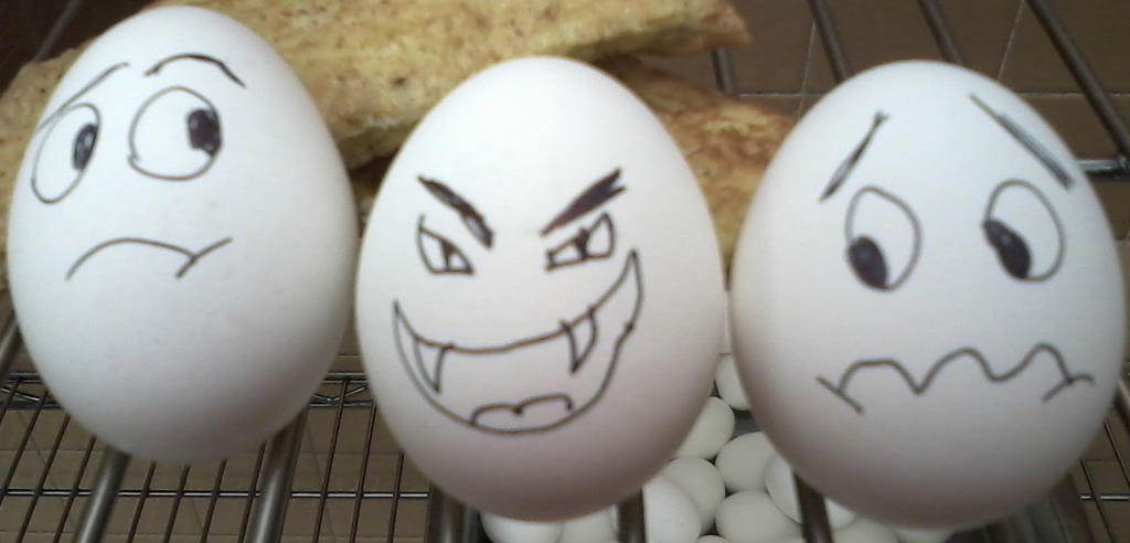 Funny face eggs by WhiteBlueWerecat