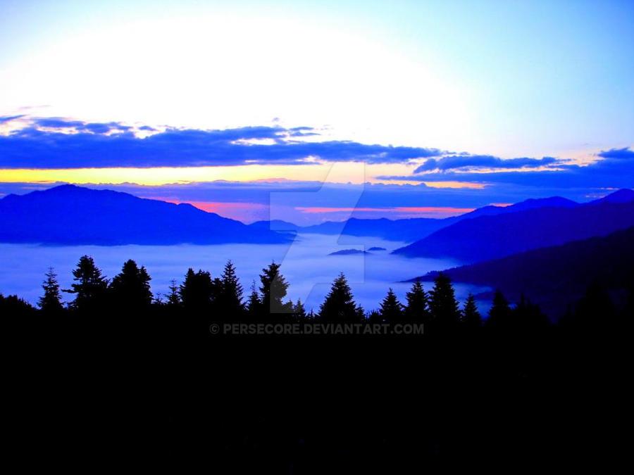Magic Blue Horizon by PerseCore