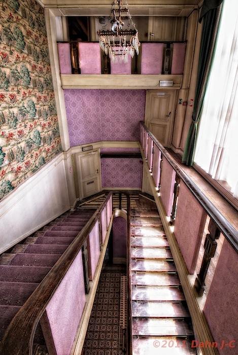 Pink stairs by ZerberuZ