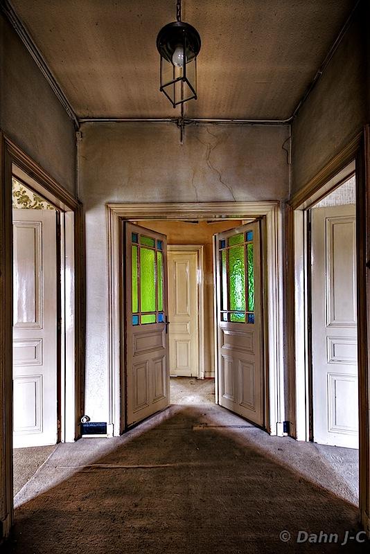 Green Doors by ZerberuZ