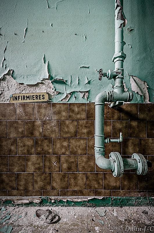 Infirmiere by ZerberuZ