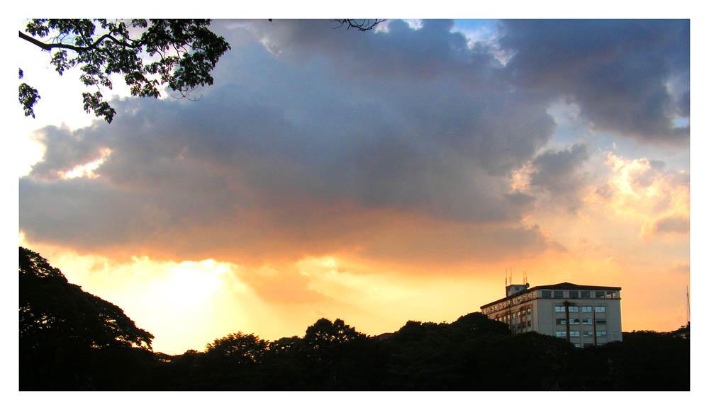 Sunken Sunset by VindictiveVendetta