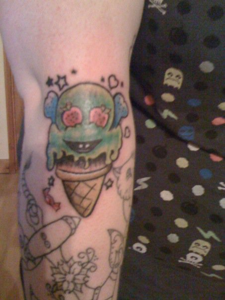 Ice cream tattoo old school by mrsjelly667 on deviantart for Best lotion for old tattoos