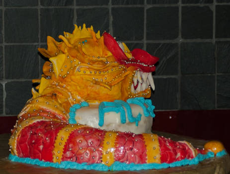 back chinese dragon cake