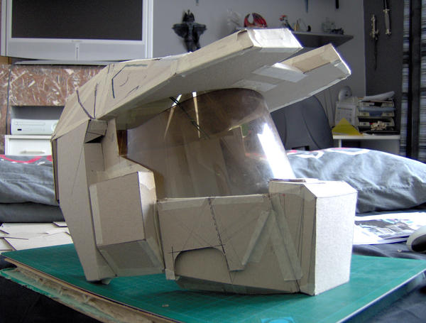 how to make a cardboard halo spartan helmet