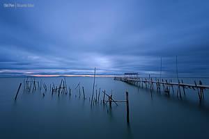 Old Pier by Rykardo