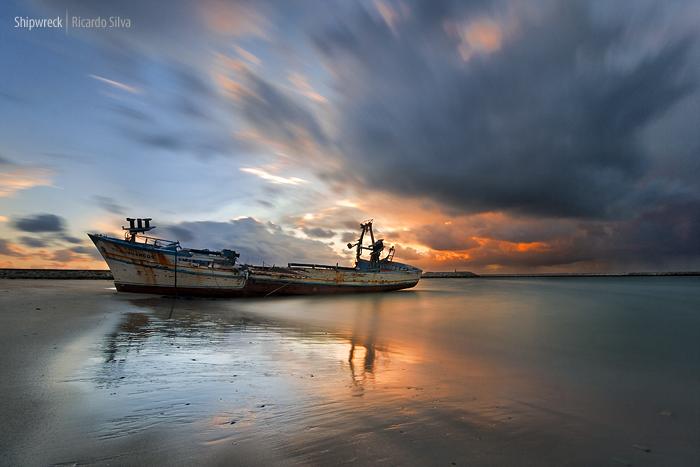 Shipwreck by Rykardo