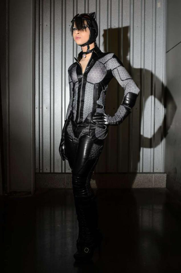 & Batman: Arkham City Catwoman costume - scratch build