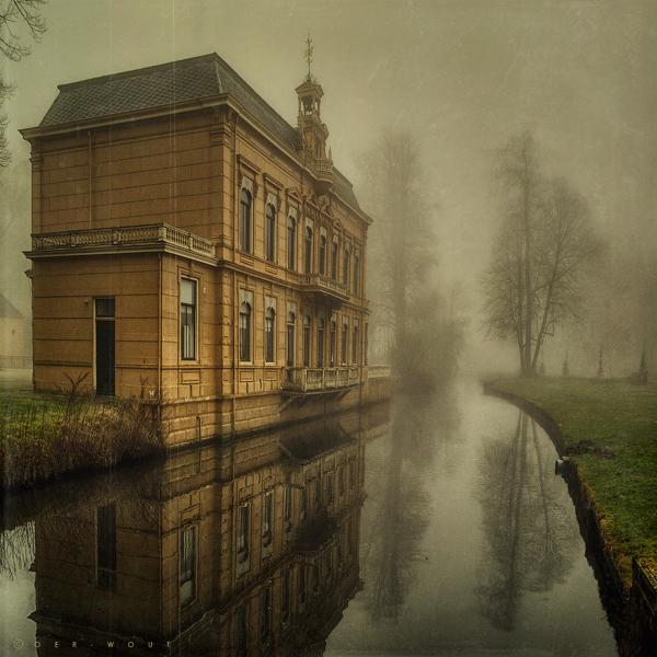 Chateau Nienoord by Oer-Wout