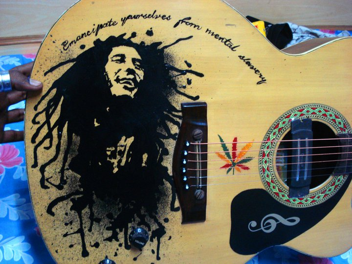 Bob Marley Hand-Painted Art on Guitar by rhythmichysteria