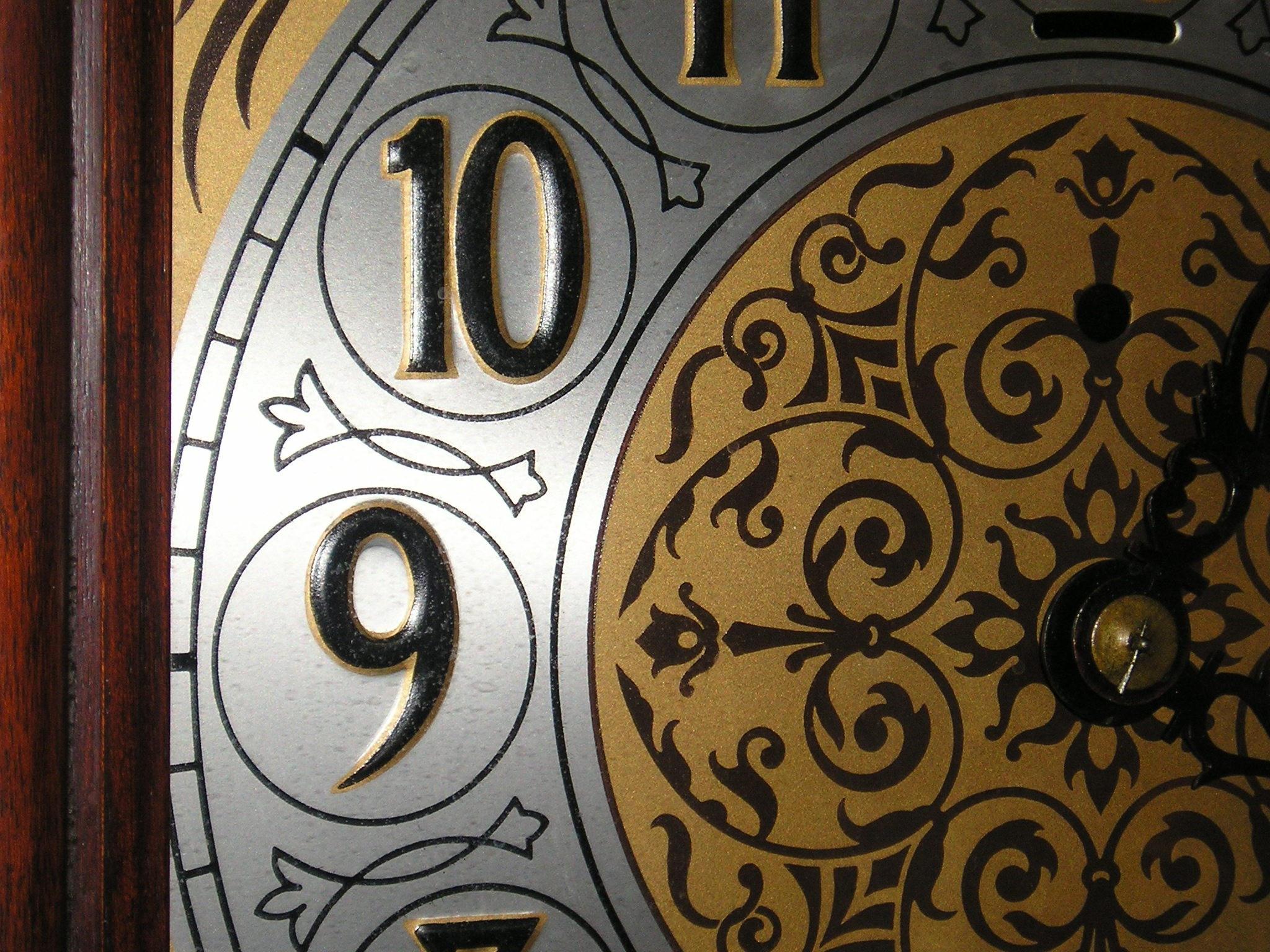 clock by SanguinaryAkiko