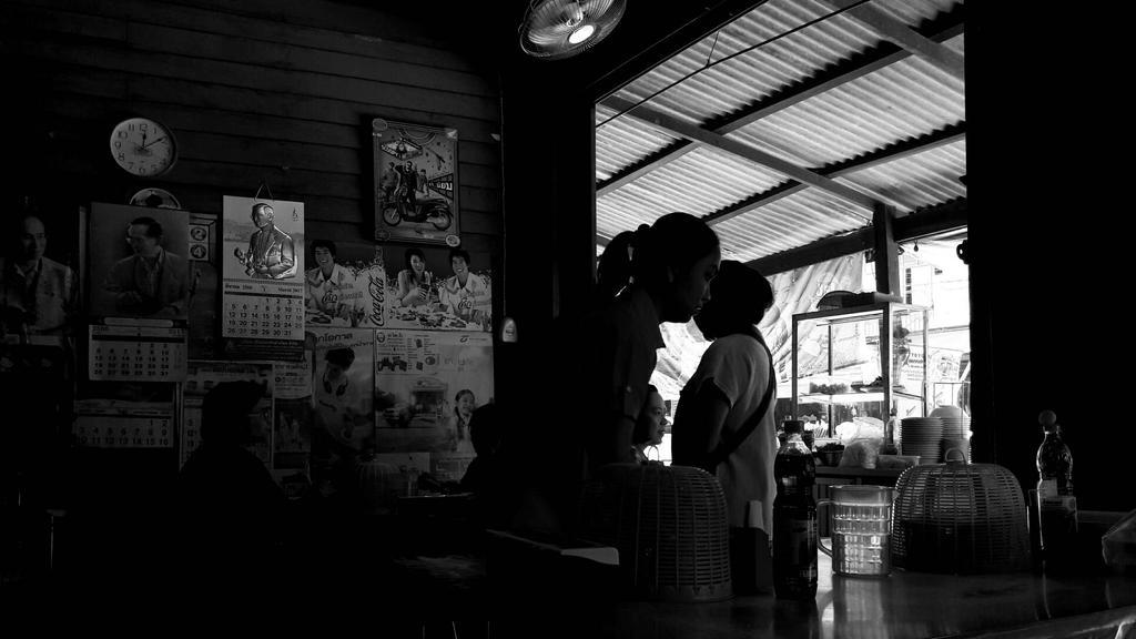 Local Restaurant by cowpuai
