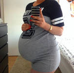 Pregnant belly 85