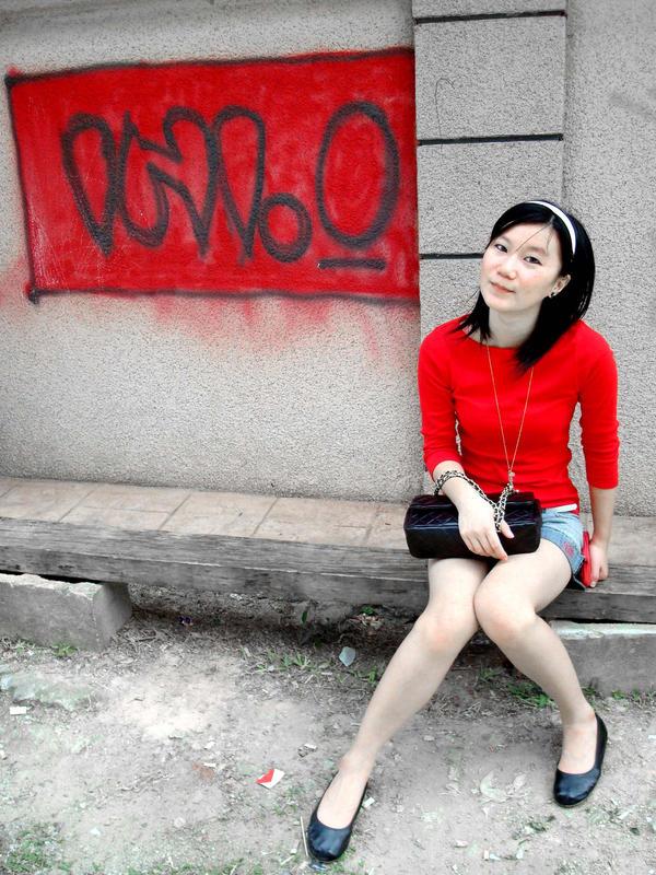 lady in red by babyskiffie