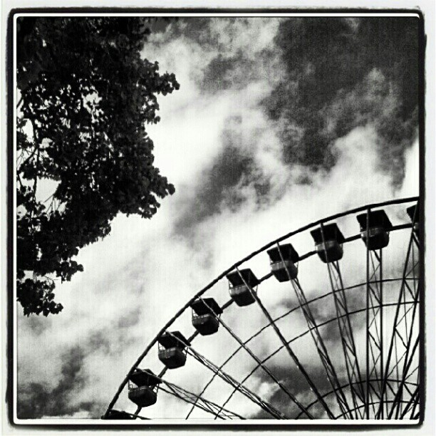 ferris wheel 2 by poeticwriter007
