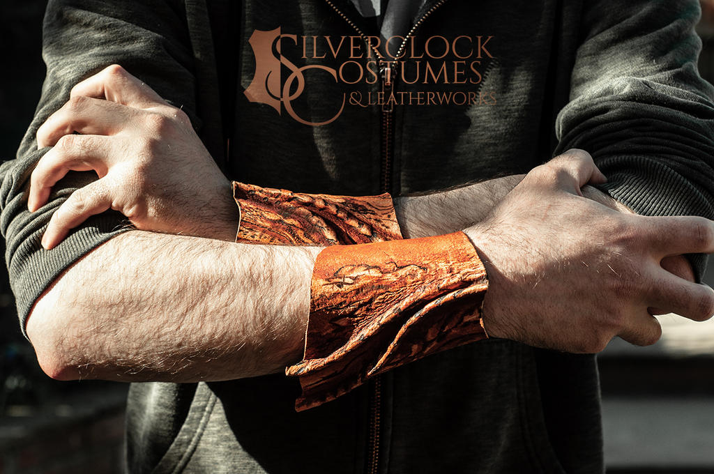 Short Dragon bracers male by SilverclockCostumes