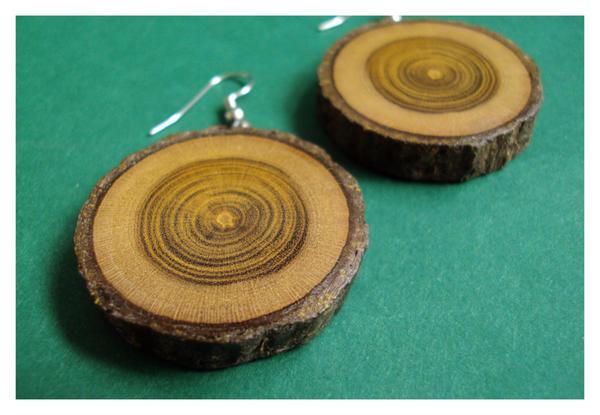 laburnum earrings by bartheks
