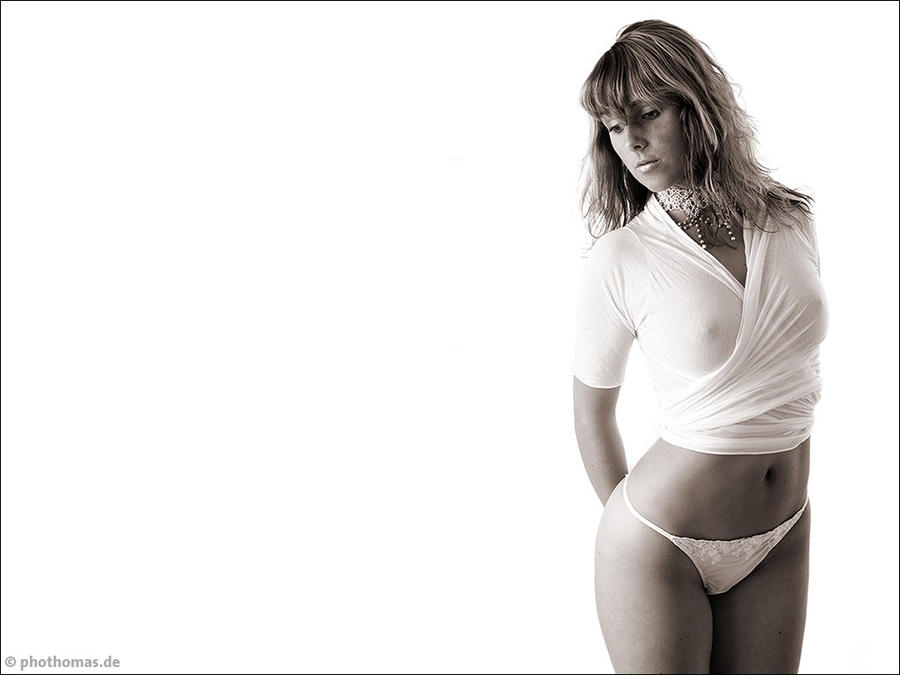 Franzi in white 1 by phothomas