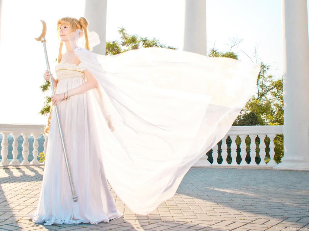 ~Moon Princess Serenity~ by LoveSenshi