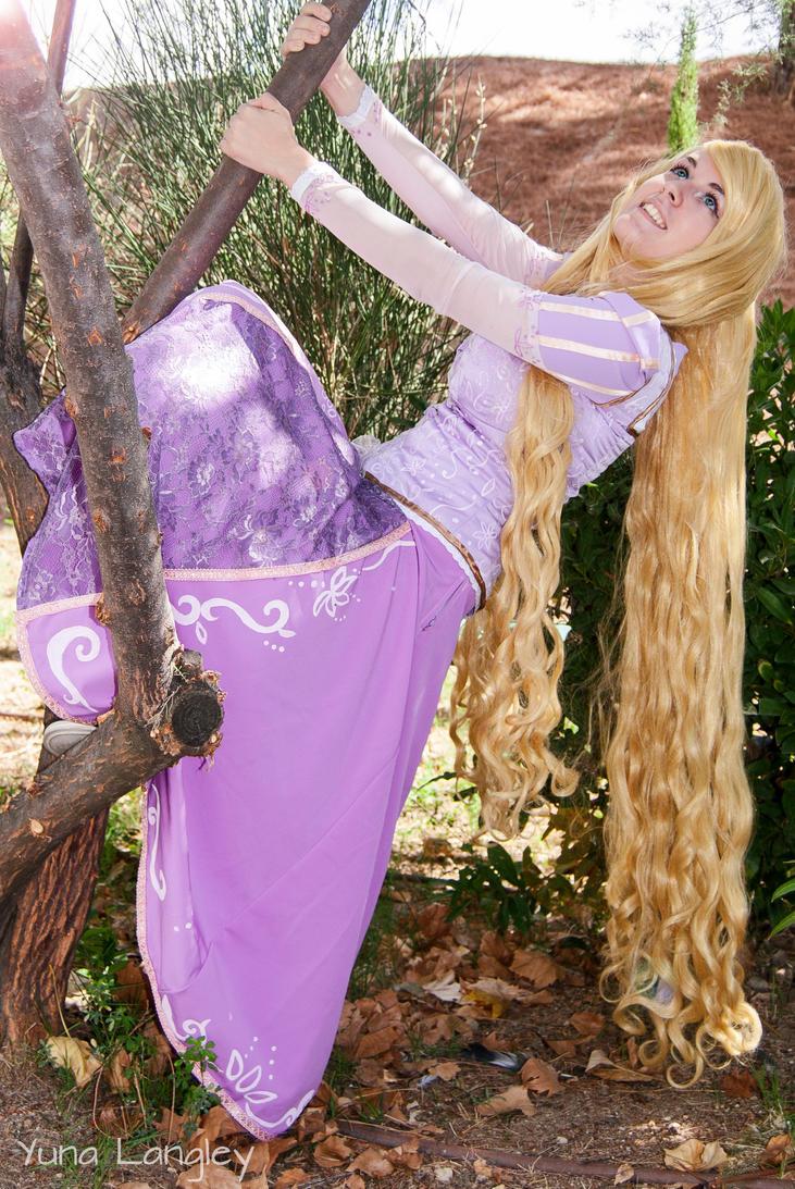 [Tangled] Rapunzel by YunaB-Rabbit