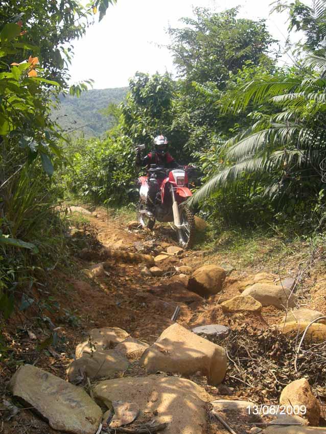 GOING TO Gn. Batu n Cioray 2 by toniart57