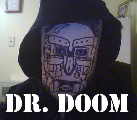 http://fc01.deviantart.net/fs43/f/2009/107/a/1/Dr_Doom_Cosplay_by_Methados.jpg