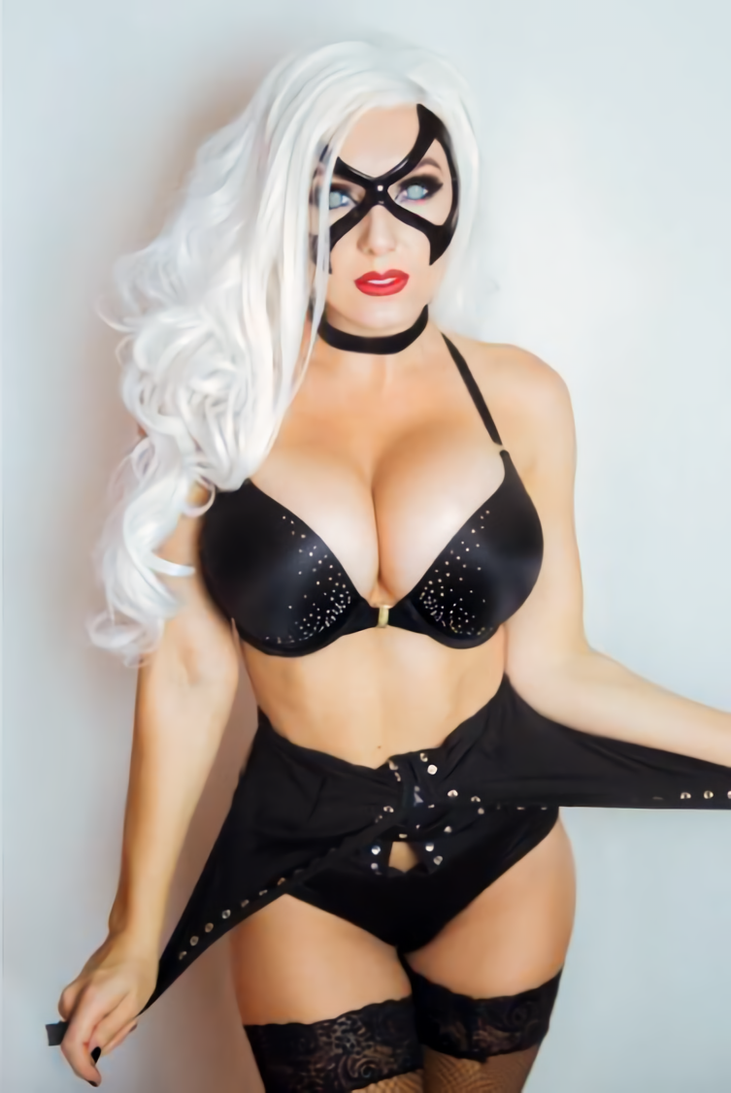 Jessica Nigri As Black Cat