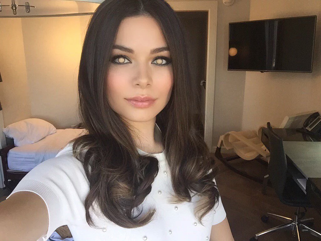 miranda cosgrove mindless and mesmerized by hypnospects on deviantart