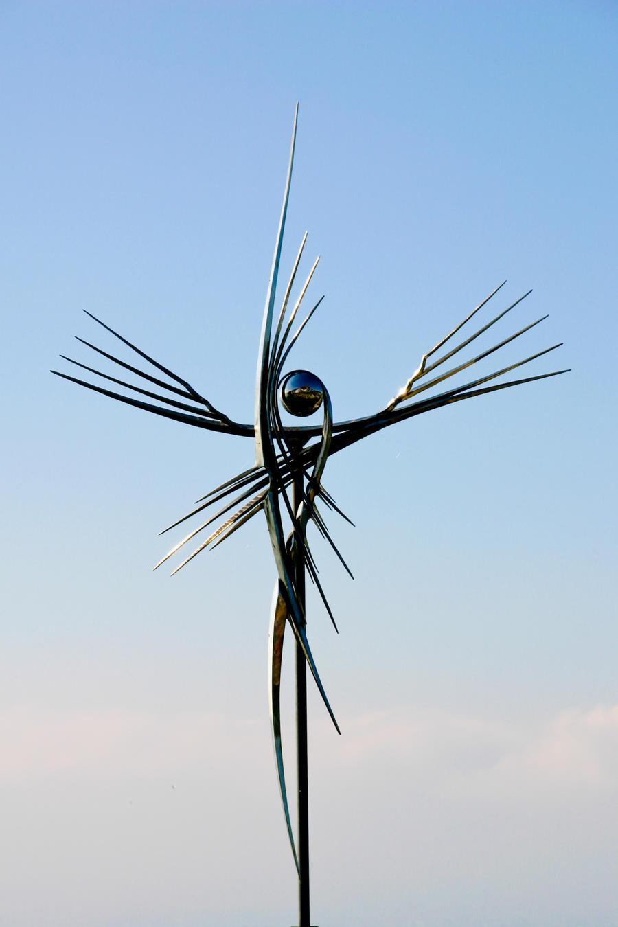 Seraph Crucifix by DeviantTeddine
