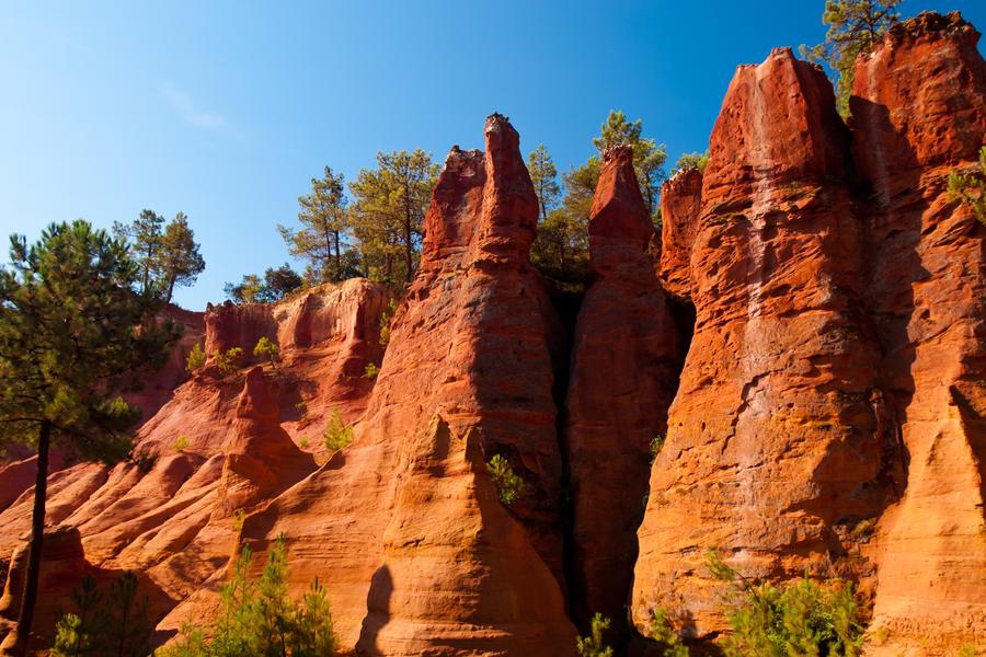 Roussillon Colorado III by DeviantTeddine