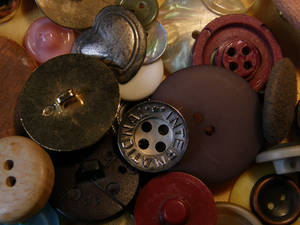Buttons 3 Pile