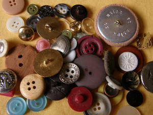 Buttons 4 Bigger pile