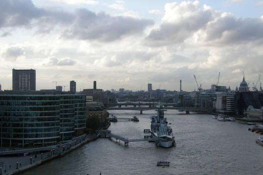 London 25a River life