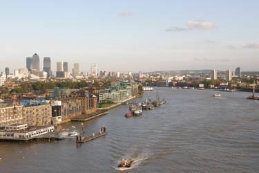 London 25b Closer look by Gwathiell
