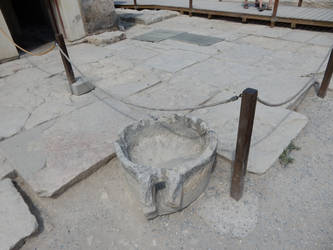 Crete - Knosos - Thing by Gwathiell