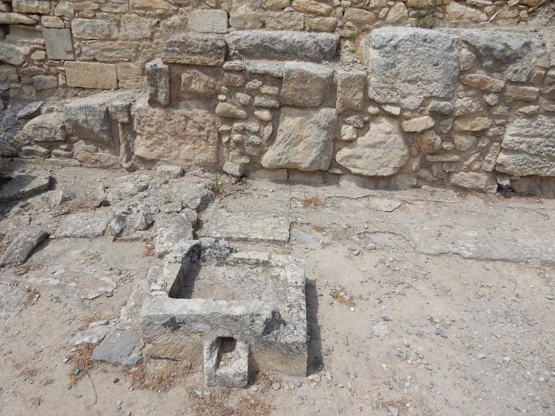 Crete - Knosos - Stones by Gwathiell