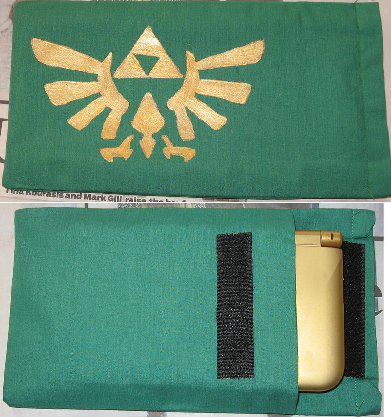 Legend of Zelda 3DS Slip Cover by Azure-Rose-Cosplay