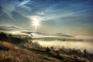 Sunrise in fog by sstando
