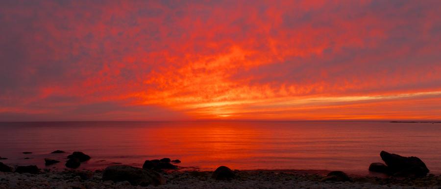 Intense Sunset by Shzphoto