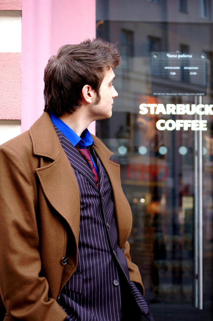Tenth Doctor aaaand Starbucks Coffee by Tendranor