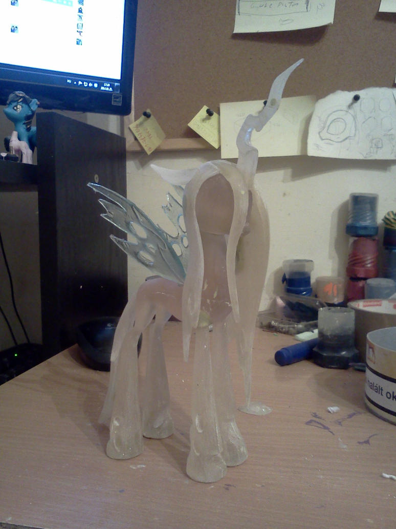 Queen Chrysalis WIP by Groovebird