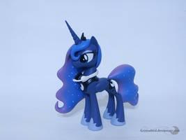 Gamer Luna by Groovebird
