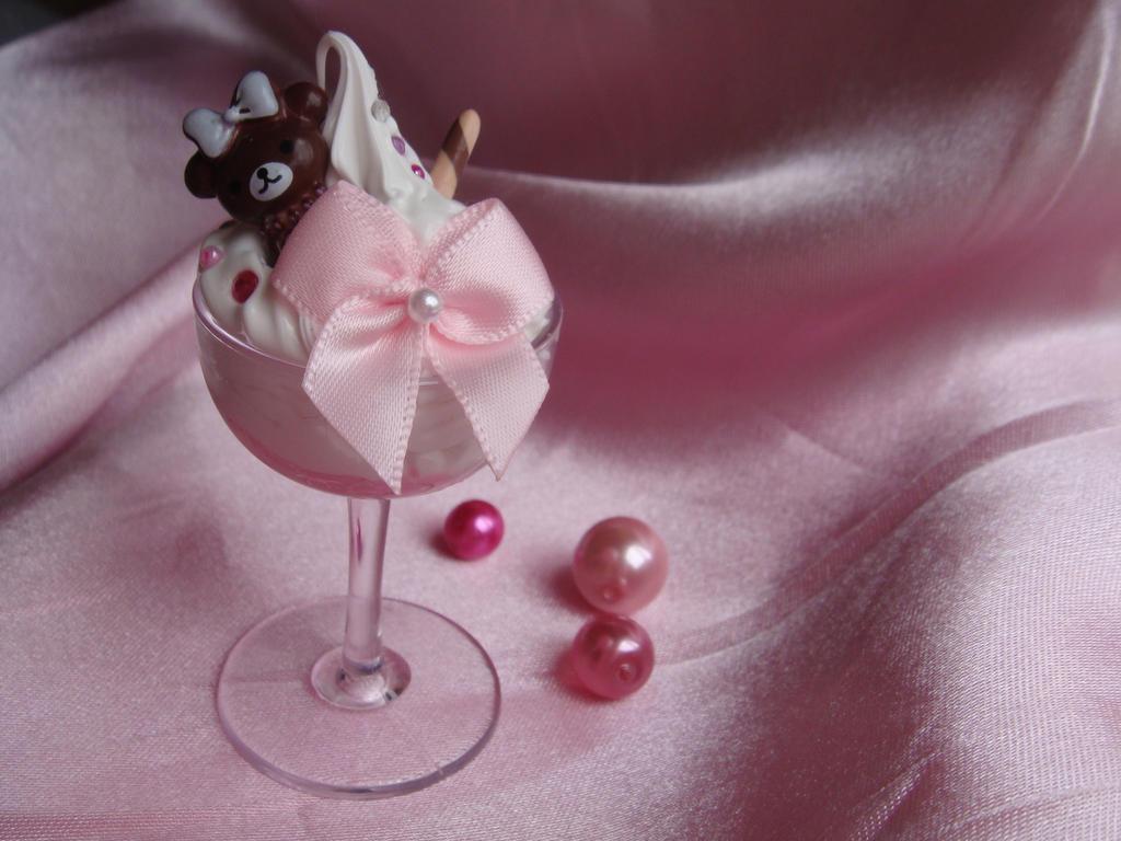 Sweet Sundae by Lustfulwish