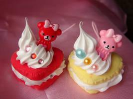 Creamy Teddy Macaroons by Lustfulwish