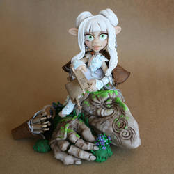 Gelfling sculpted by Christina Patterson by Christina-Patterson