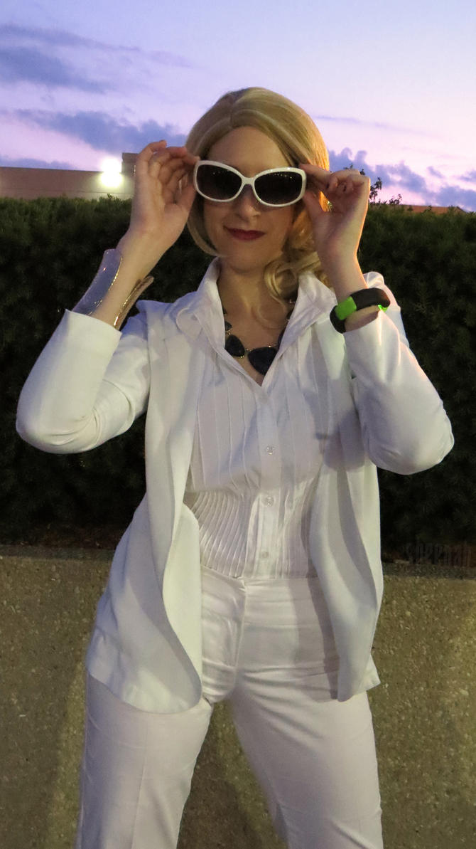 She wears her sunglasses at night by Sheenah